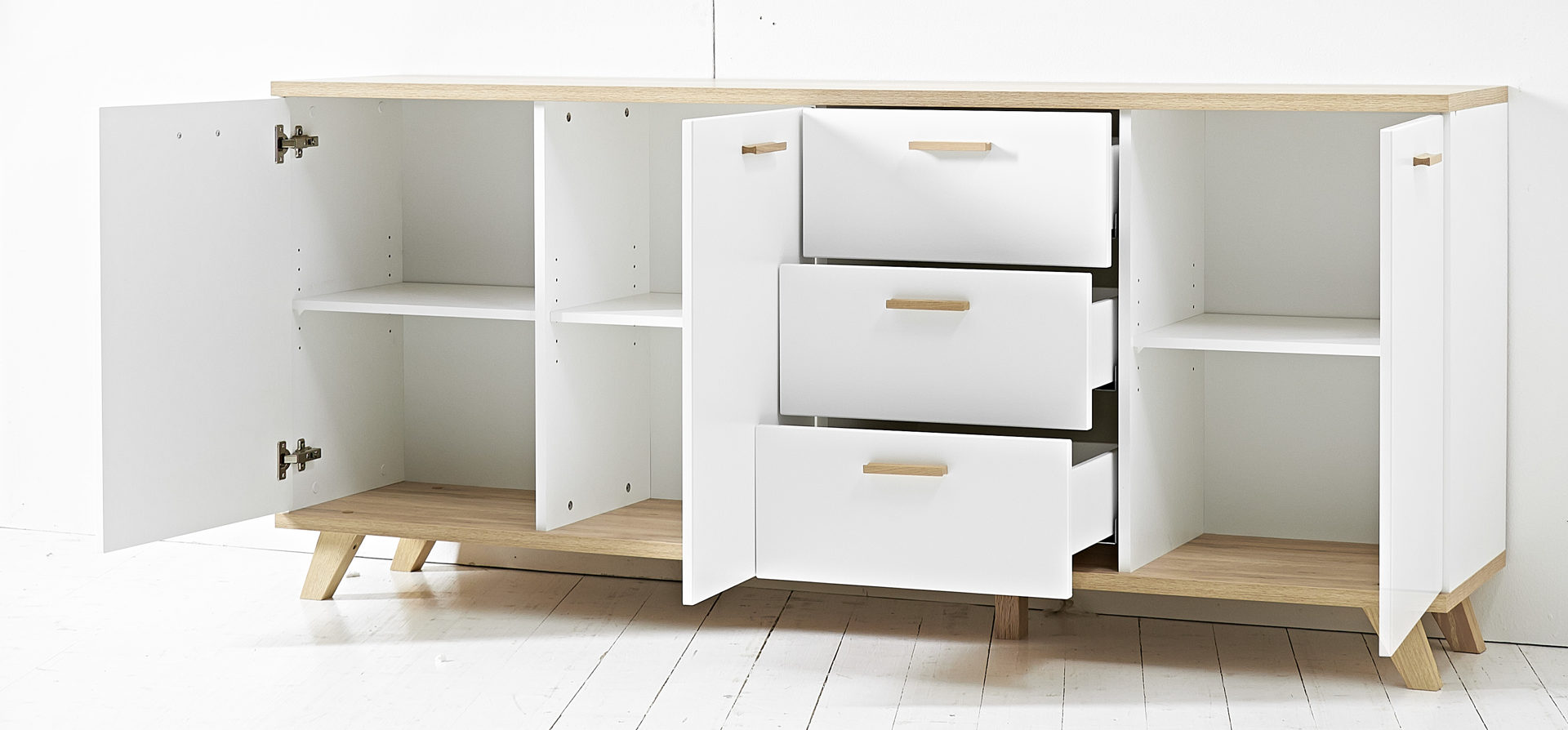 hertel möbel gesees | räume | schlafzimmer | kommoden + sideboards ... - Sideboard Für Schlafzimmer